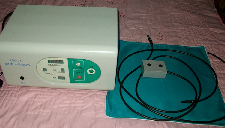 低中频高电位多功能治疗仪