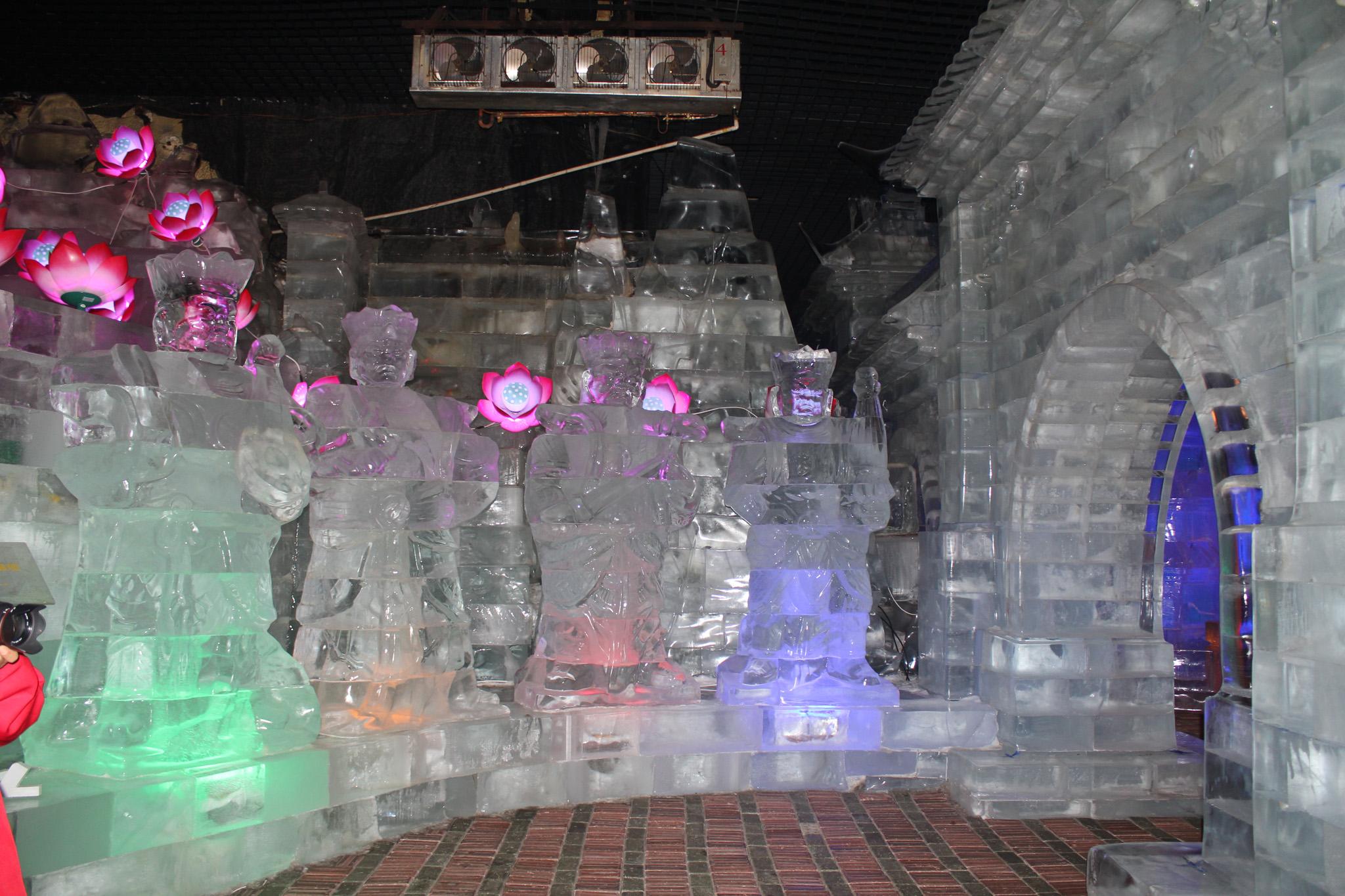 哈尔滨七日游之太阳岛冰雪艺术馆