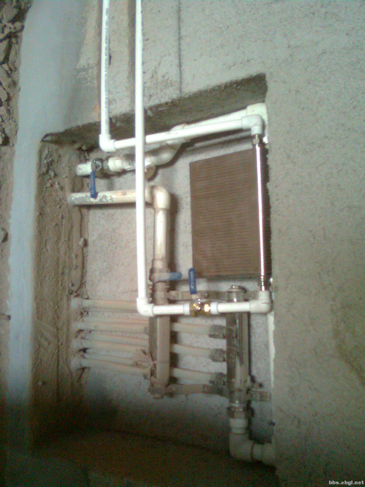 电辅助加热器,全自动或半自动控制器,太阳能专用一体阀,增压泵等.
