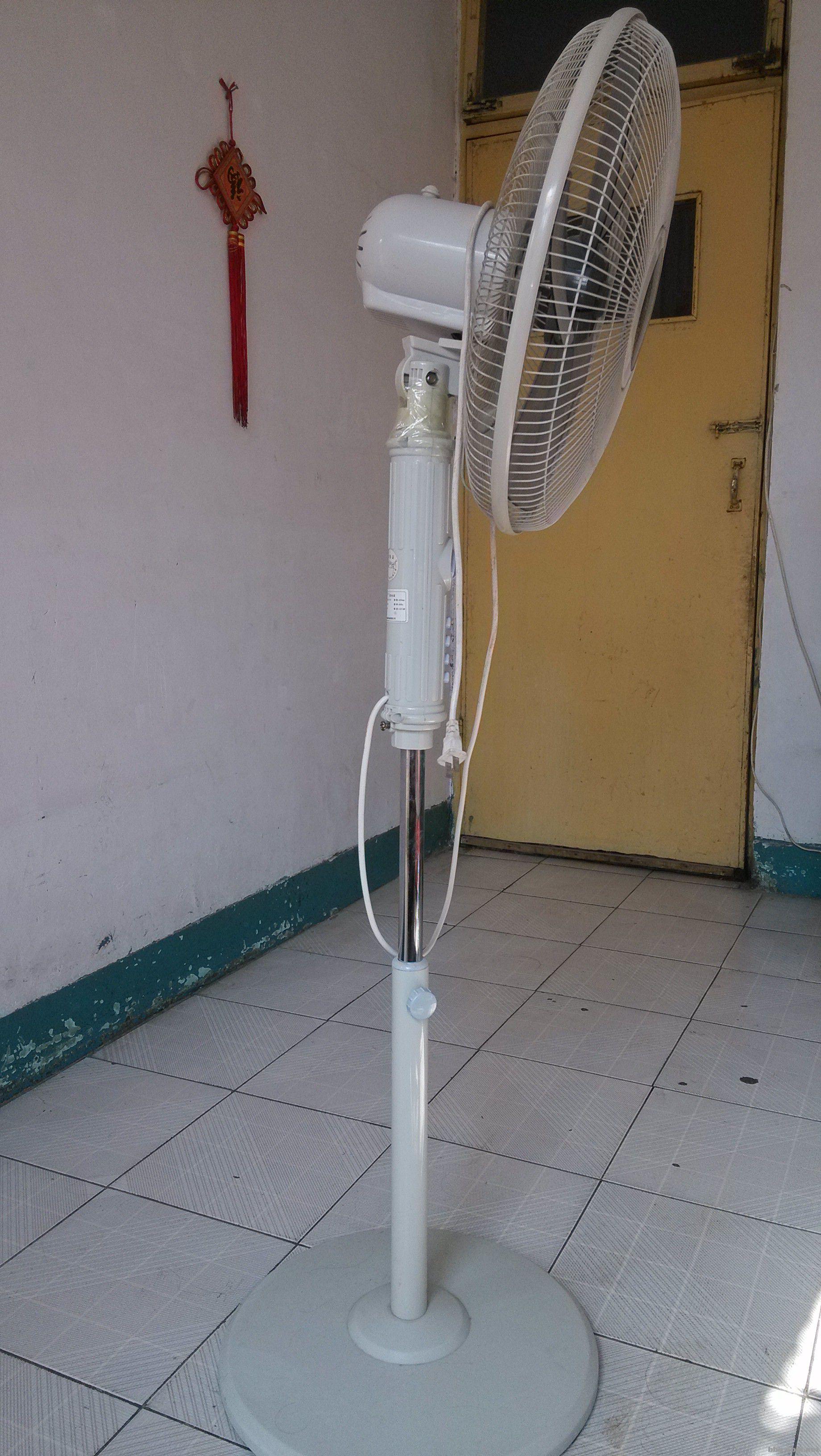 德锦11片电热油汀&电风扇&烘衣架&小凳子