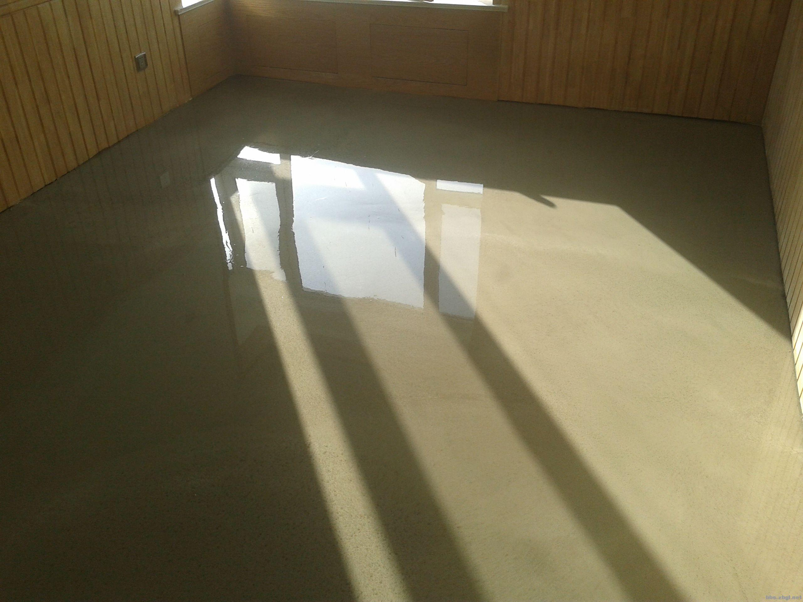 专业地面自流平水泥施工找平,塑胶地板铺设安装,欢迎个人装修公司联系