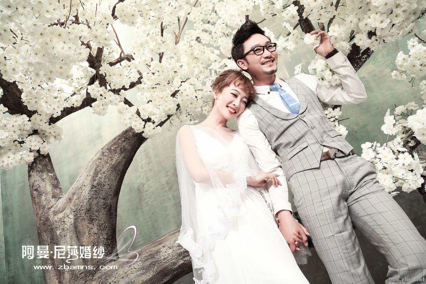 【阿曼尼莎婚纱摄影】-----爱情树下