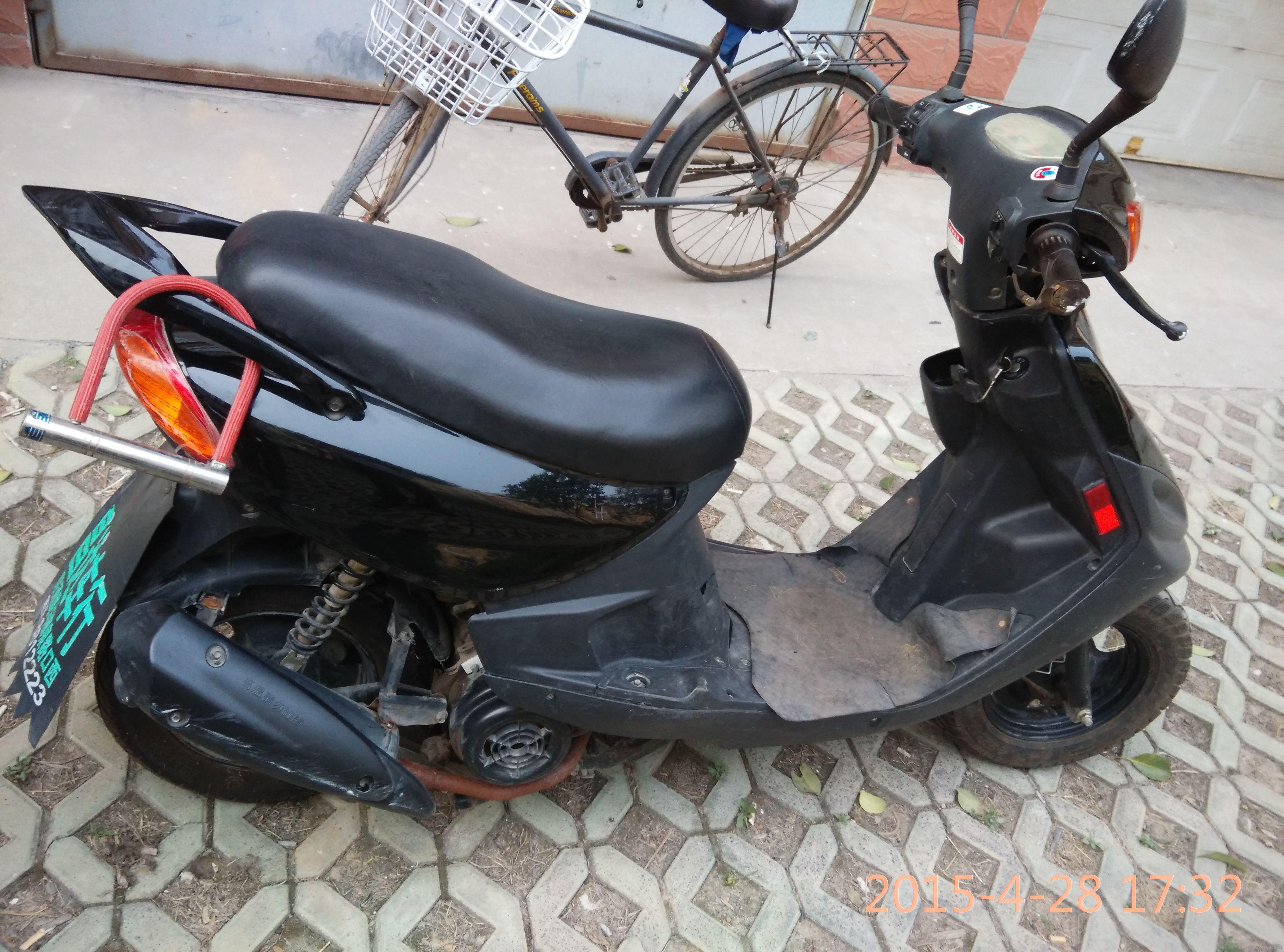 轻骑125踏板摩托车,有要的联系!