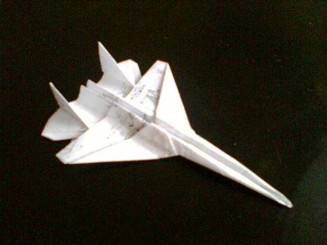 """手工折纸""""米格-29""""战斗机.快来瞧!"""